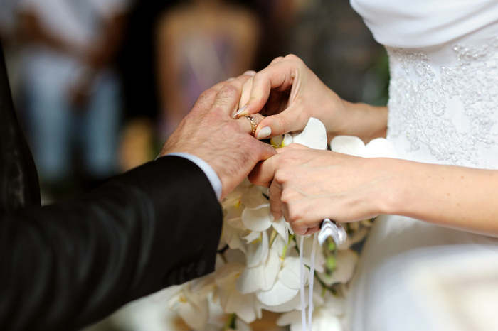 how long should you be dating before you get married